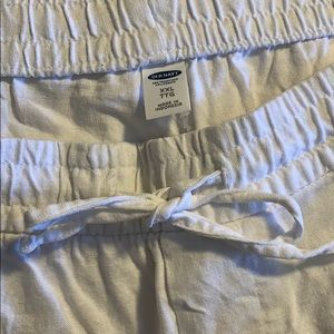 white linen pants!